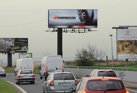 Korean tires manufacturer Hankook Tire on advertising spaces in Prague and Ostrava